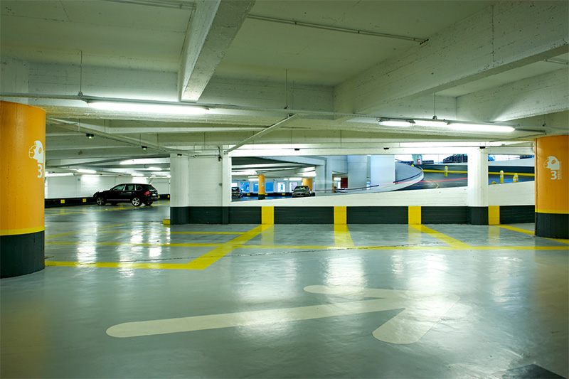 Easy access parkings